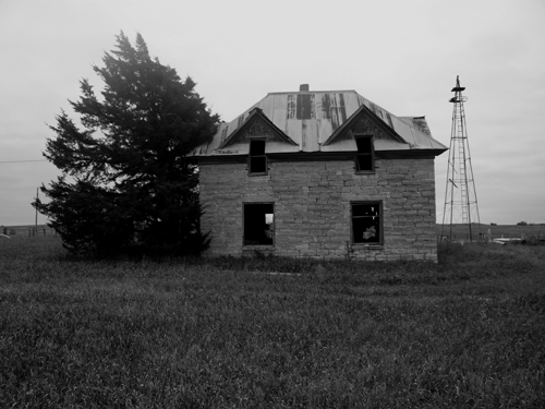 stonehouse06bwsmall
